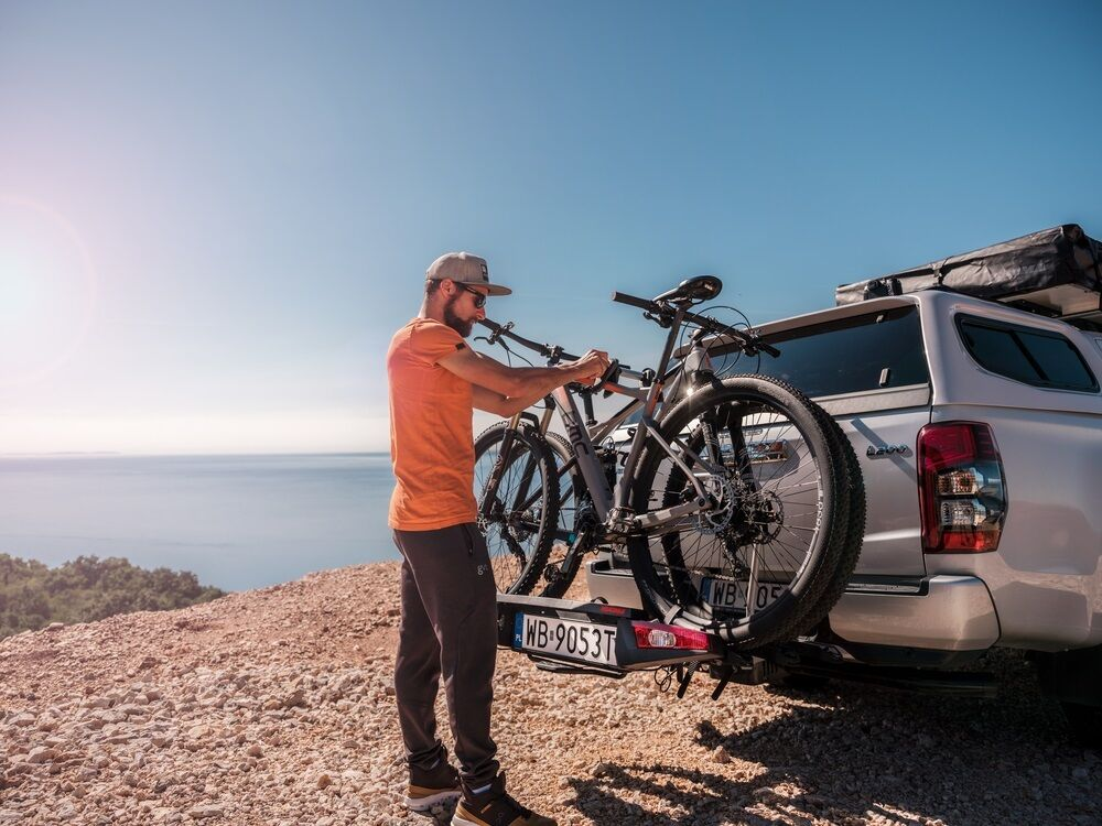 Web Use Jpg Skyrise Hd Roof Top Tent And Fold Click Volvo Mitsubishi